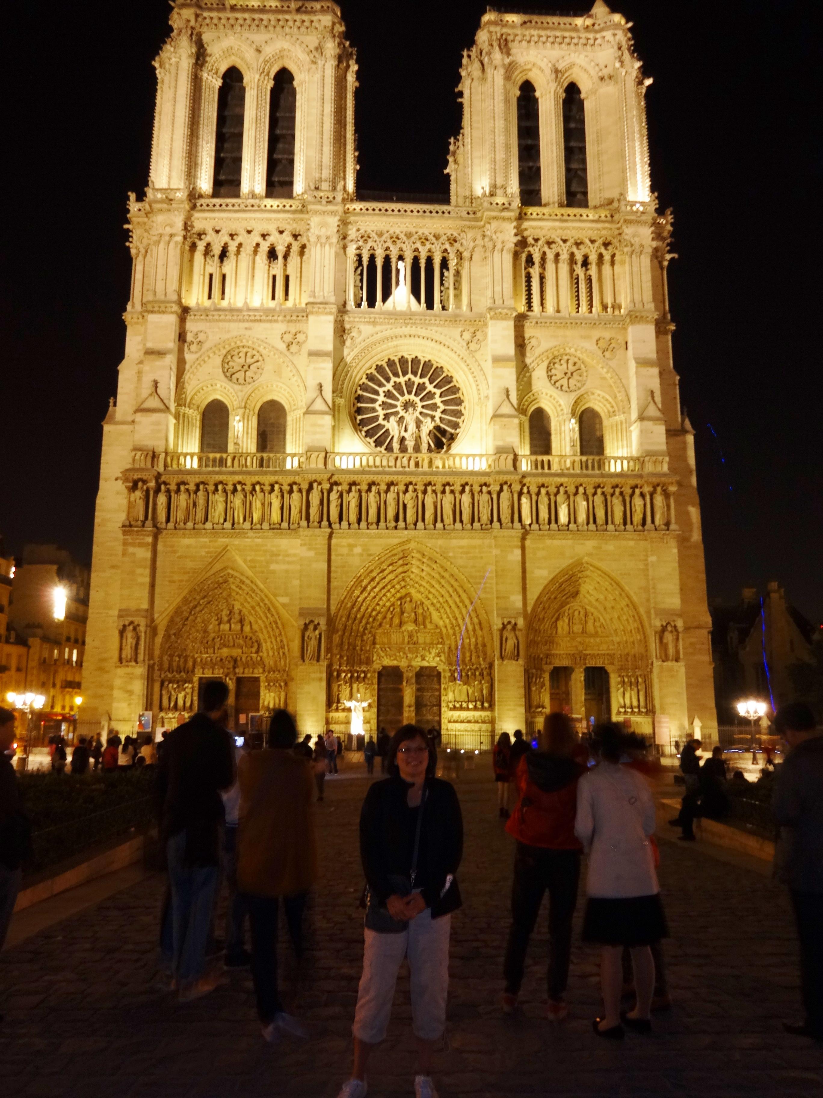 ef289cb5e01ed I love Paris.