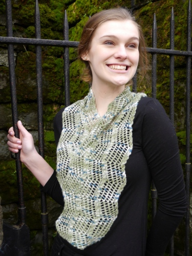 Meander Cowl fingering weight single