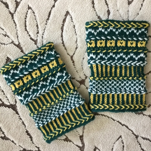 pdxknitterati braided wristlets go ducks