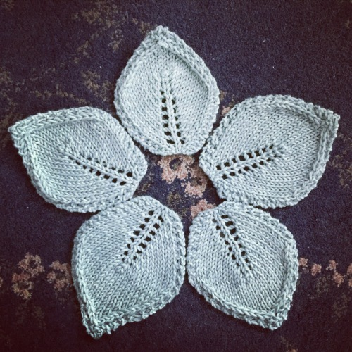 knit leaf coasters