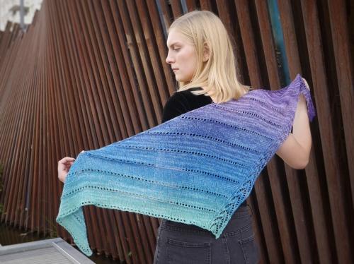Zephyr Shawlette gradient wingspan