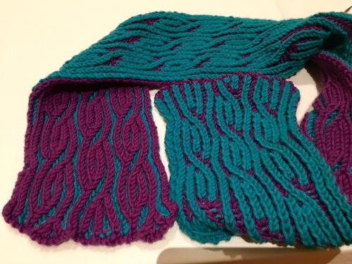 JC Briar brioche scarf