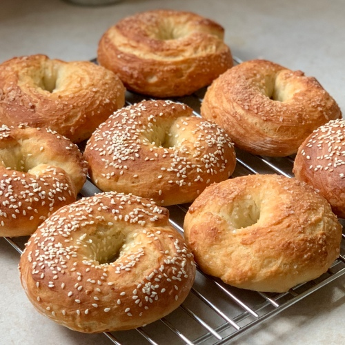 Yogurt bagels